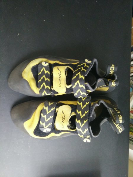 Rock Climbing Photo: Size 43 LA Sportiva Miuras, the top.