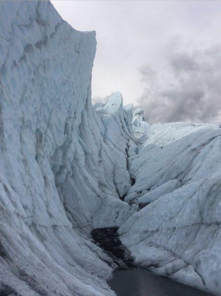 Rock Climbing Photo: fun area to climb thru