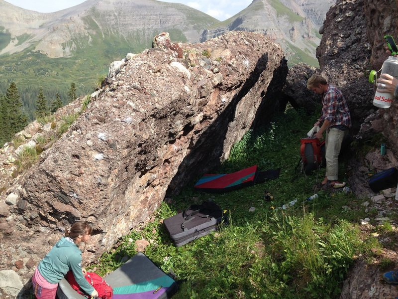 Rock Climbing Photo: The Treasure Chest Boulder.