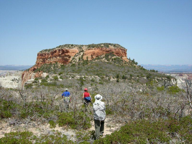 The final hike to the red cap summit.