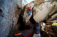 Rock Climbing Photo: Pinching the arete