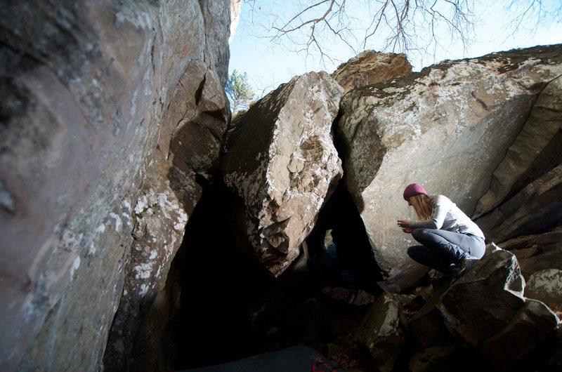Rock Climbing Photo: Angry Like a Hobbit Boulder