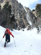 Rock Climbing Photo: Dan Hughes on the last leg of the approach. Ames I...