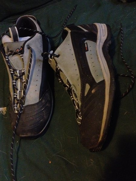 Rock Climbing Photo: Approach Shoes - Mad Rock Fanatic