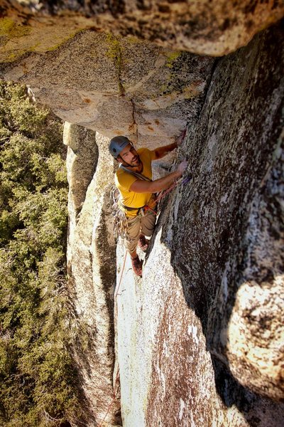Jonathan Reinig during the FA of Key Hole Direct, 5.10b!<br> Photo by JC!