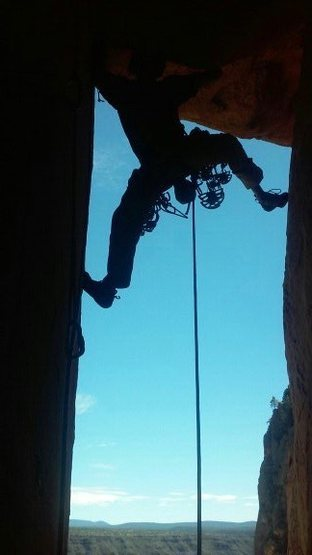 Rock Climbing Photo: Leading up the chimney on pitch 2.