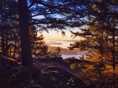 Rock Climbing Photo: January sunrise from atop Mount Erie