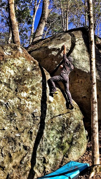 Rock Climbing Photo: Working my way up Split Decision (Crux)