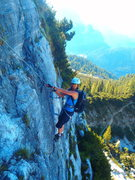 Rock Climbing Photo: Starting the initial section of the long leftward ...