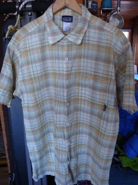 Patagonia plaid in near new condition.