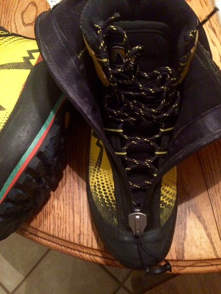 Rock Climbing Photo: Boot