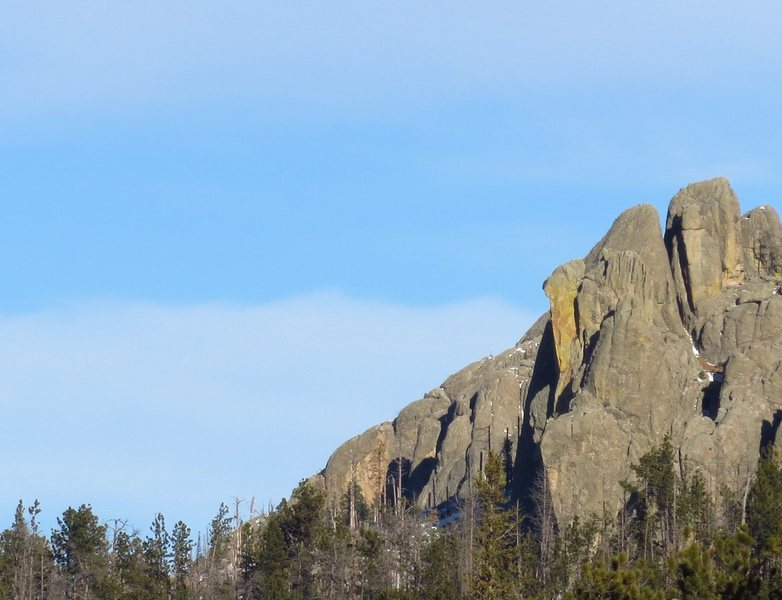 Rock Climbing Photo: 2nd pitch climbs the arete of the steep golden fac...