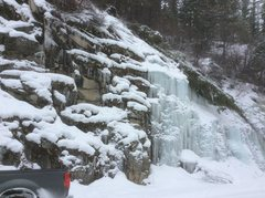 Rock Climbing Photo: Yellow Pine roadside ice
