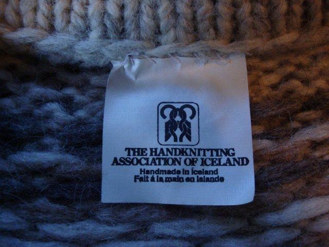 Rock Climbing Photo: Hand knit.
