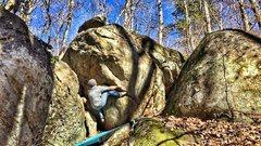 Rock Climbing Photo: Start of Oakleaf Hydrangea (Heel Hook)
