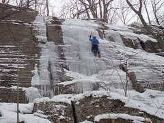 Rock Climbing Photo: Moderately iced run up the route. Note the rock ro...