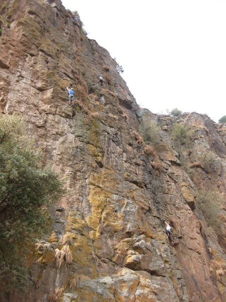 Rock Climbing Photo: Climbers up top on the 2nd pitch of Oysters Nuts