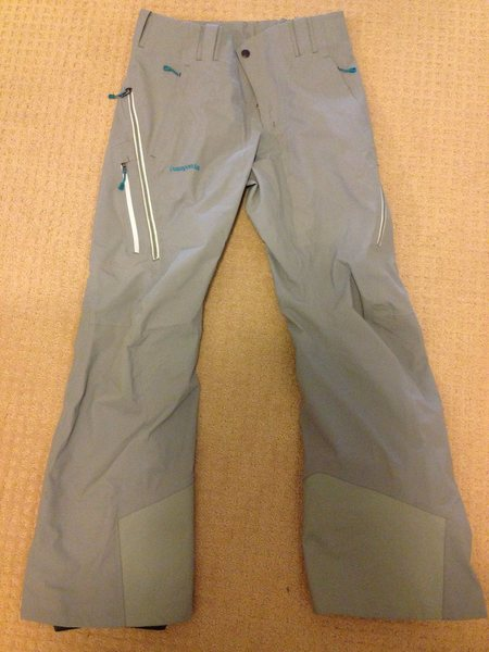 Women's Untracked Pants size small. Mint condition, worn for half of a day. Color is verdigris, which looks sage outside. Great touring and resort pant. $200 buyer pays shipping.