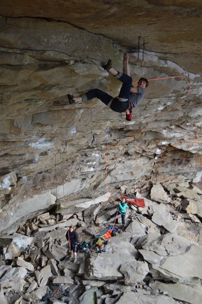 Rock Climbing Photo: Clipping chains on Eclipse