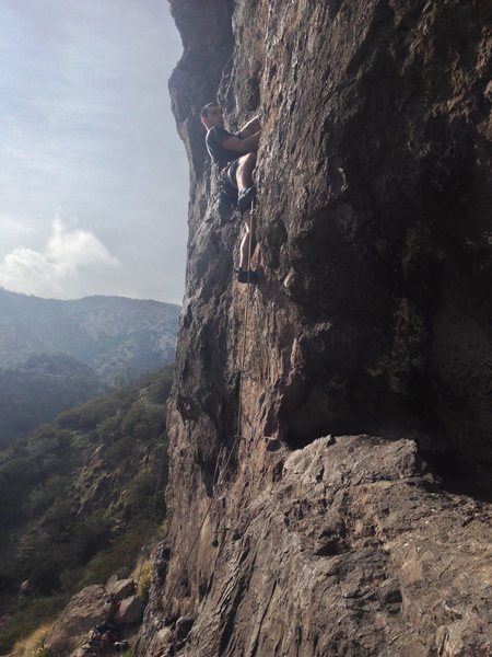 Rock Climbing Photo: About to start the traverse right, at the third bo...