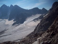 Rock Climbing Photo: Looking back from ridge below the big gendarme (ca...