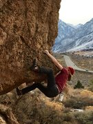 Rock Climbing Photo: Pulling hard at the start of The Arete, V3-