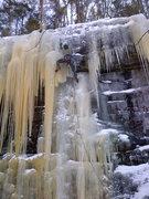 Rock Climbing Photo: Damon Farnum having a little fun at the entrance t...