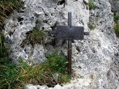 Rock Climbing Photo: Iron cross just above pitch one belay on Vegetarie...