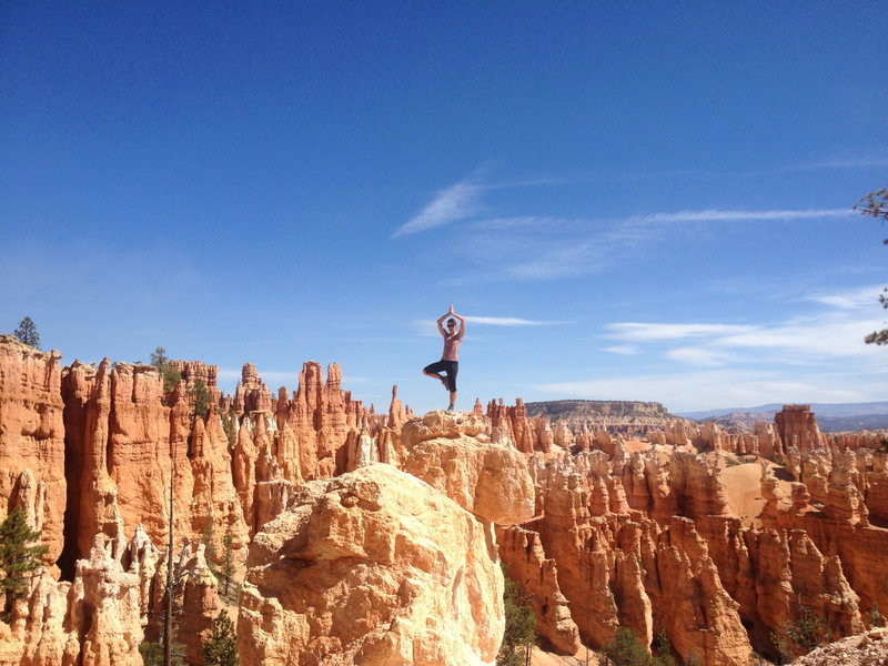 Running a few laps around Bryce Canyon on our way to Cochise. With a quick yoga stop.