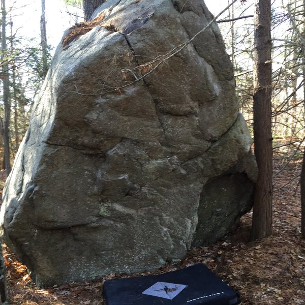 Rock Climbing Photo: Shout Out To My Moon Men climbs the arete on the l...