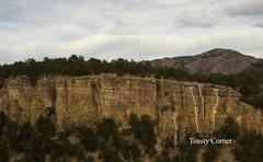 Rock Climbing Photo: Toasty Corner.