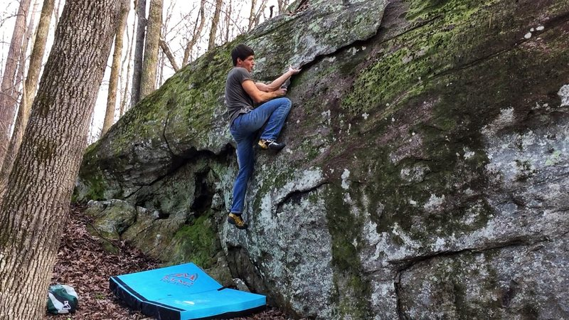 Rock Climbing Photo: Working the sharp edges of Buttery Flake