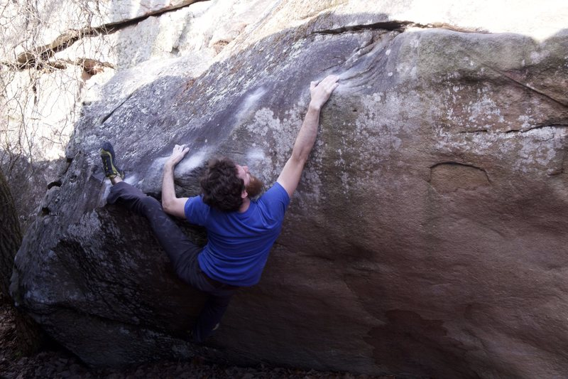 Rock Climbing Photo: Slapping the swirls.