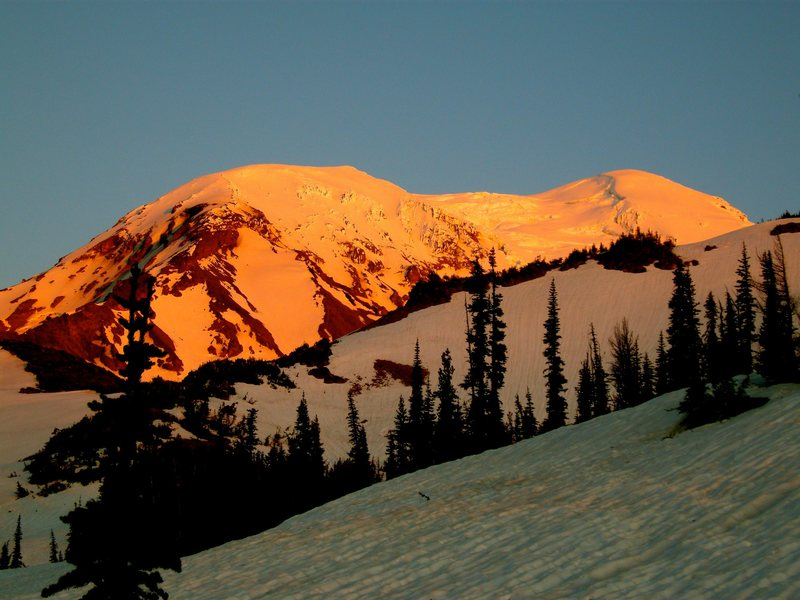 Rock Climbing Photo: Alpenglow. Mt. Adams.
