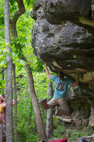 "My FA ""Swinging Machete"" **** v5 @ Peters Branch. Its the problem to the left of Jabba the Hut."