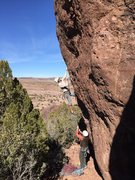 Rock Climbing Photo: Starting up MST on another sunny day at Minor Wall