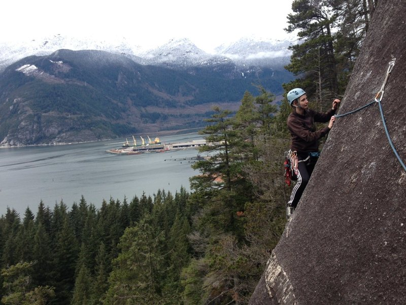 Women in Comfortable Shoes, 10a, South Bulletheads, Squamish, BC Canada