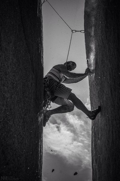 Cleaning the gnar during the FA of the Mega Chimney!!!<br> Photo by N Millward!