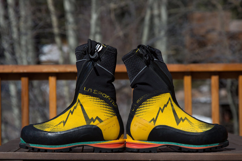La Sportiva Batura, 44/10.5 side view