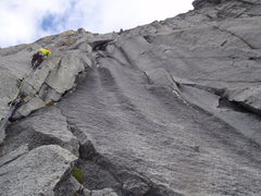 Rock Climbing Photo: Looking up Pitch 4. Route is headed towards long r...