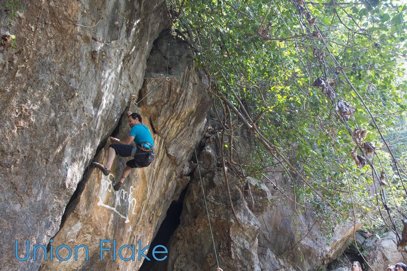 Rock Climbing Photo: Clement trying Union Flake