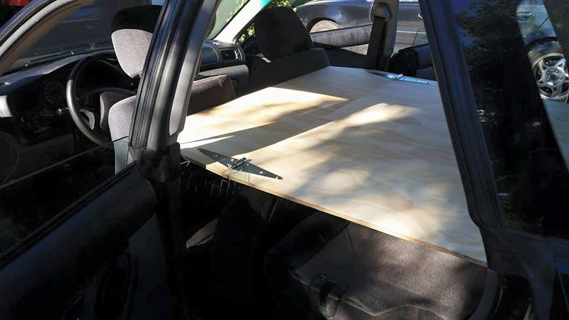 Tilting front seats forward allows for full extension