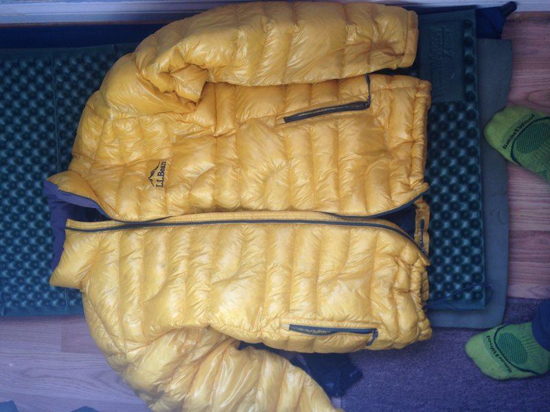 Down jacket mens medium