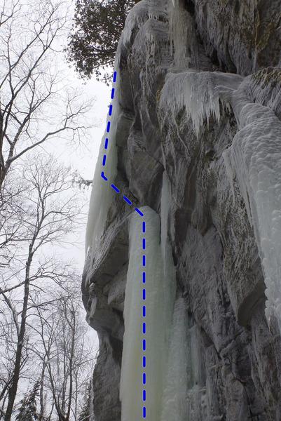 Rock Climbing Photo: Free hanging dagger