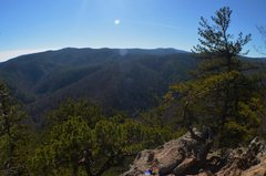 Rock Climbing Photo: Chestnut Knob overlook, South Mountains State Park...