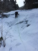 Rock Climbing Photo: Leading the fourth pitch, Crescent Gully, East Fac...
