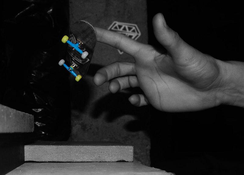 finger boarding