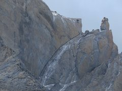 Rock Climbing Photo: Cuerno Norte and pinnacle (name?) between Cuernos ...