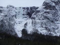 Rock Climbing Photo: Hydnefossen