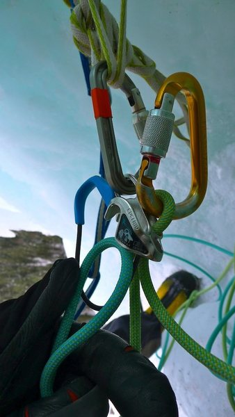 Setting up the follow belay.